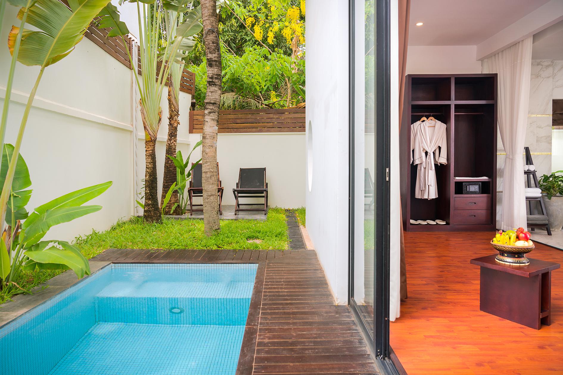 112 Suite Pool (6)