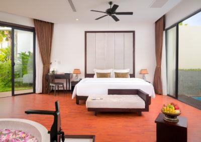 112 Suite Pool (12)