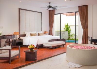 112 Suite Pool (14) gallery